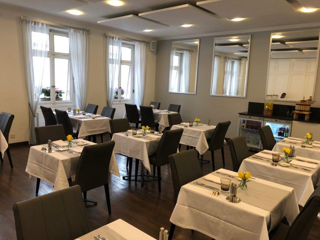 La salle, Restaurant Bel'Espérance, Genève